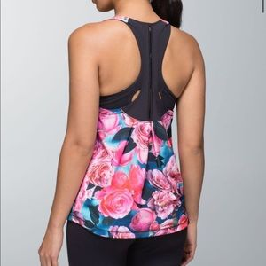 Lululemon Lightened Up Singlet 6/8